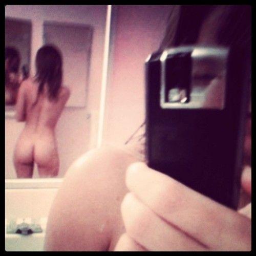Фото жопы в зеркале 21 фотография