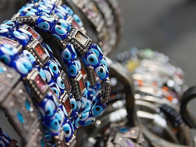 Що купити в Греції: матопетра або очей Фатіми