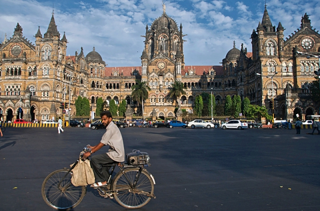 Цікаві місця Мумбаї: вокзал Чхатрапаті Шиваджі