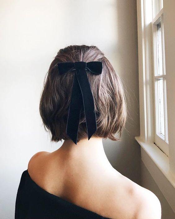 Прически на зиму на короткие волосы