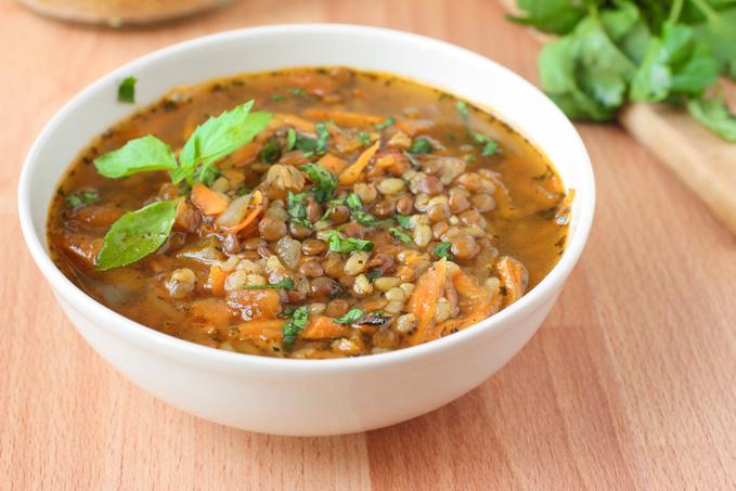 Турецкий суп с чечевицей, рисом и булгуром