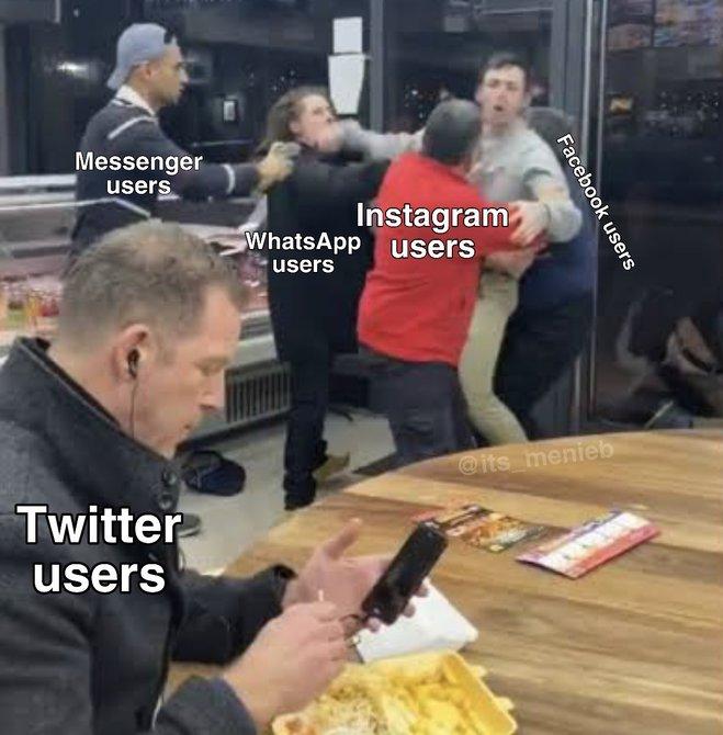 Глобальный сбой в работе соцсетей и мессенджеров. Лучшие мемы