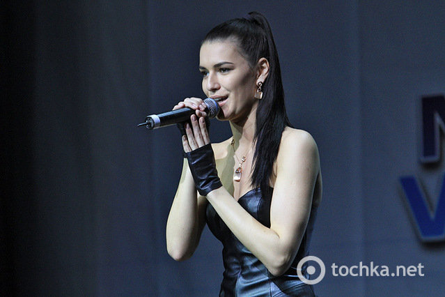 """Отборочный тур """"Новая волна 2013"""", сцена"""