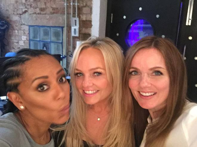 Spice Girls и Backstreet Boys
