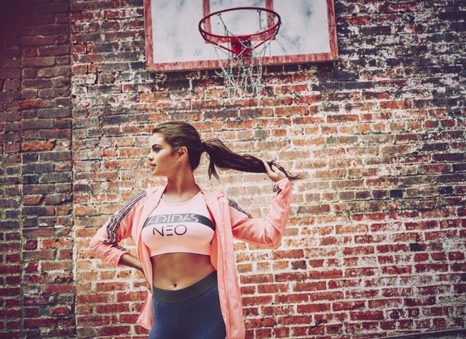 Селена Гомес представила нову промо-кампанію Adidas Neo