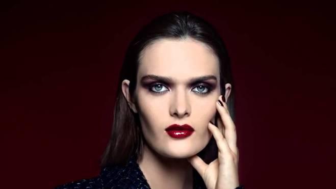 простий макіяж для новорічної ночі від Chanel
