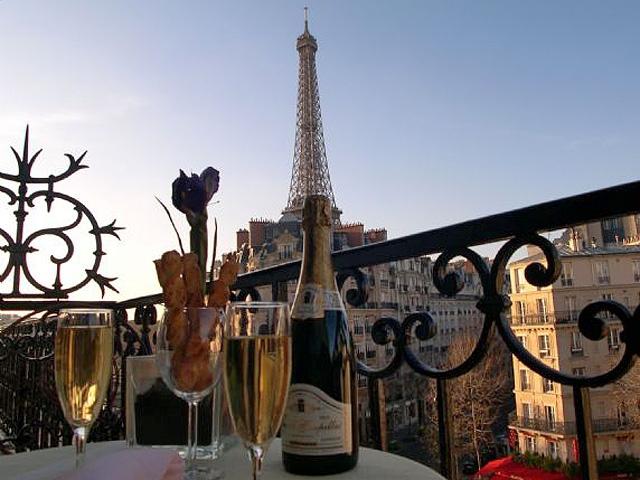 Шопинг в Париже: Дизайнерская квартира