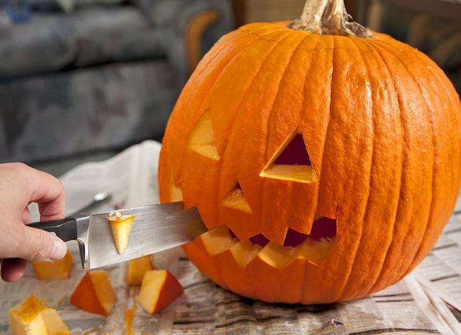 Как вырезать тыкву на Хэллоуин