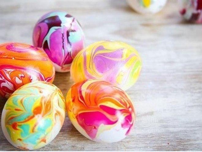 Мраморная идея покраски яиц