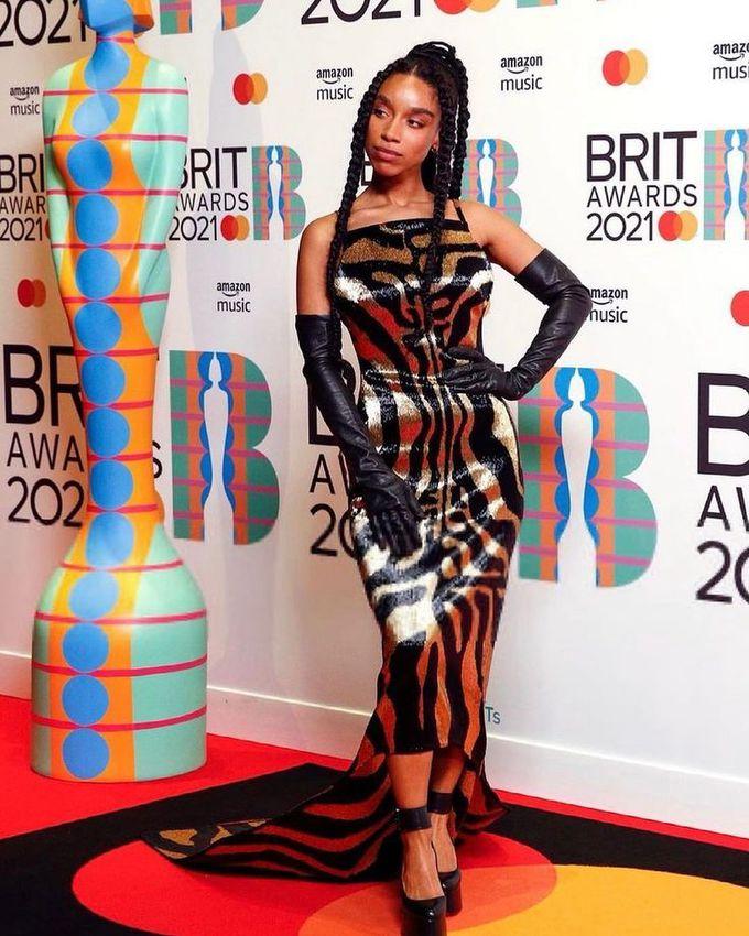 Ліан Ла Хавас на Brit Awards +2021