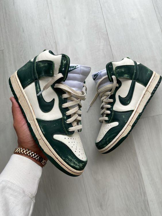 Состаренная обувь — антитренд 2021