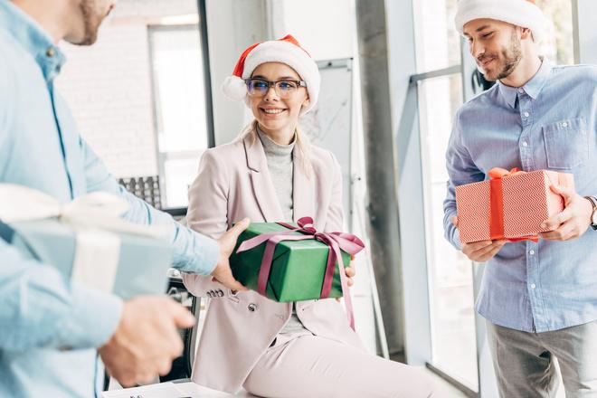 Подарки начальницу на Новый год 2021