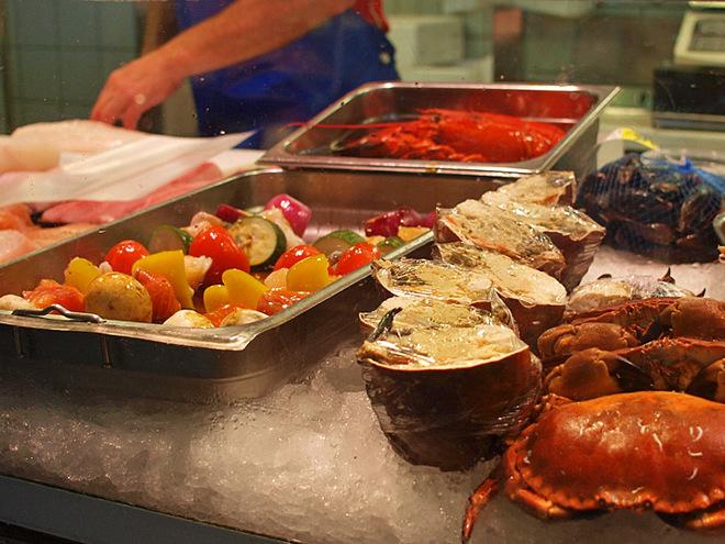 Рибні маркети Європи: Рибний ринок «Фескекерка»