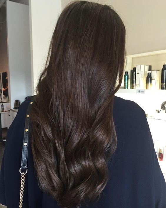 Окрашивание волос для брюнеток летом