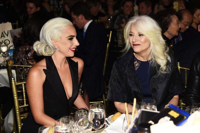 Леди Гага с мамой