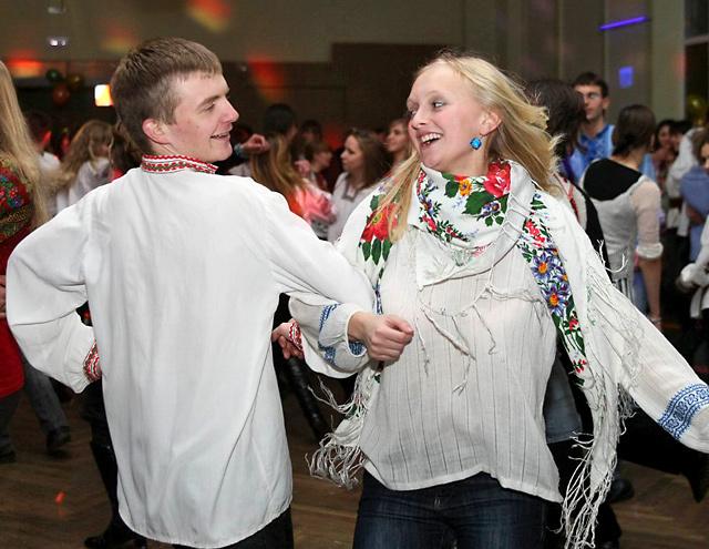 Влаштуй вечірку по-українськи - українські вечорниці