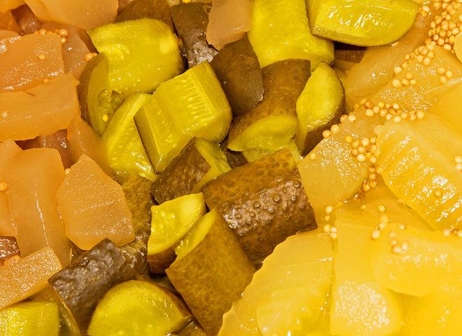 Мариновані огірки з гірчицею: незвичайна варіація звичайного блюда