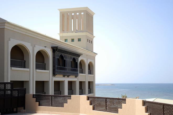Готель-музей Desert Islands