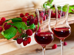 Вино з малини