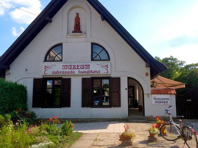 Музей-кондитерська Марципан - Кестхей