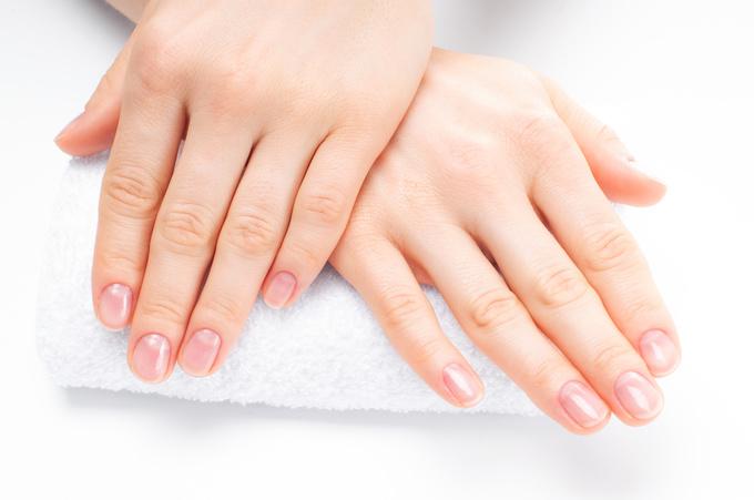 Як відновити нігті