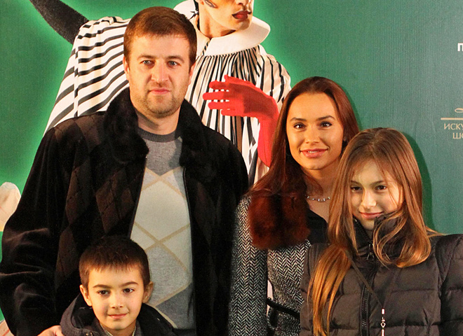 Виталина Ющенко, Алексей Хахлев