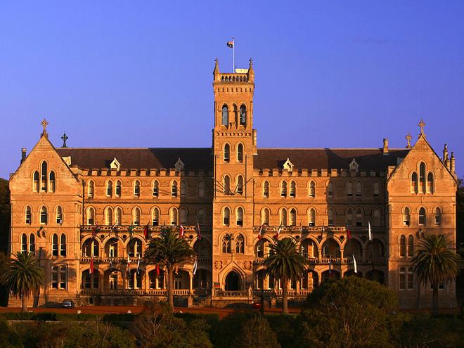 Путешествие с «Великим Гэтсби». Семинария Святого Патрика в Сиднее.