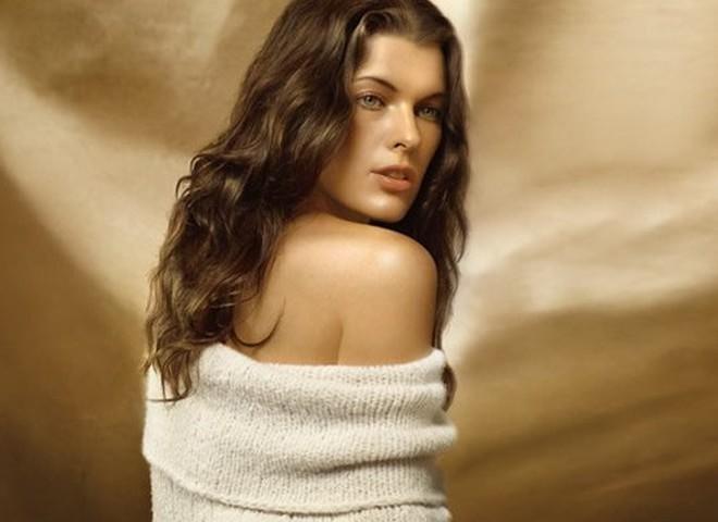 Міла Йовович почала кар'єру моделі з випадкової з'йомки