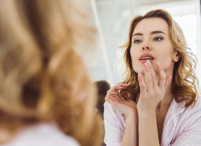 Что делать с потрескавшимися губами ищу девушек для работы досуг