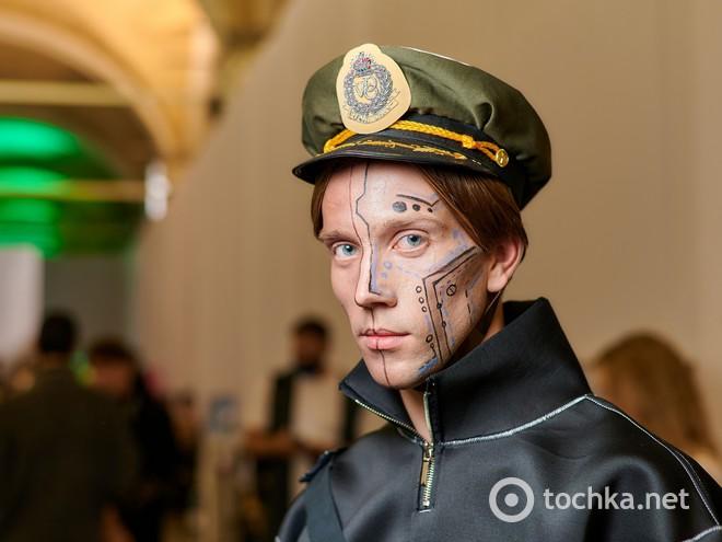 Backstage третього дня Ukrainian Fashion Week noseason sept 2021
