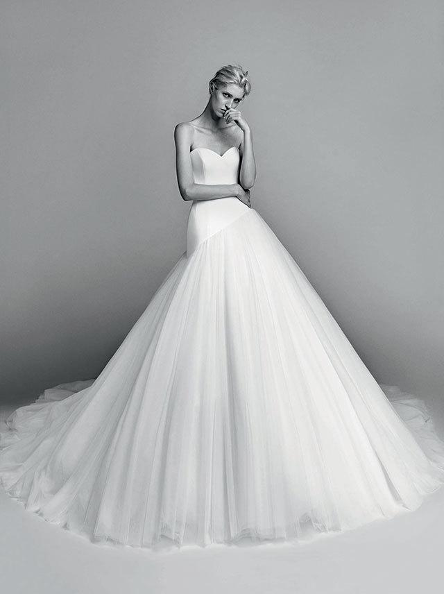 Приголомшливі весільні сукні від Viktor & Rolf