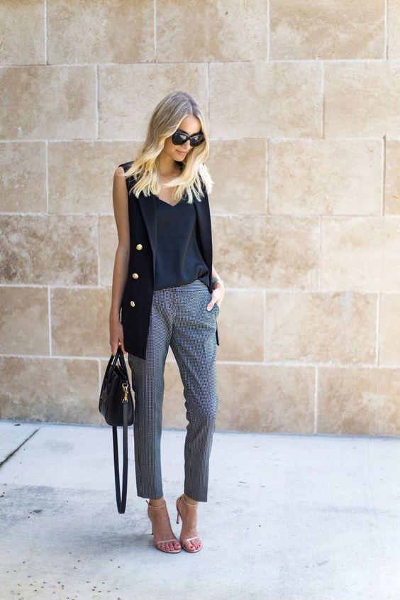 Як носити жилет навесні