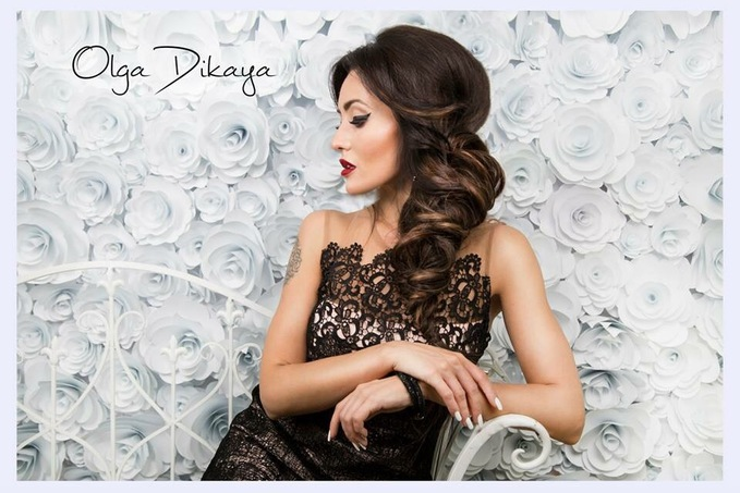 Анна Добрыднева стала лицом известной сети салонов красоты