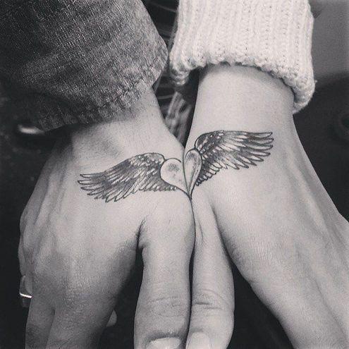 20 идей для свадебных татуировок вместо колец