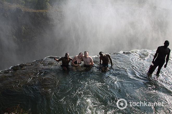 Найнебезпечніший басейн у світі: Водоспад Вікторія