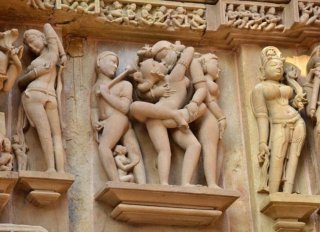 Храми Кхаджурахо в Індії