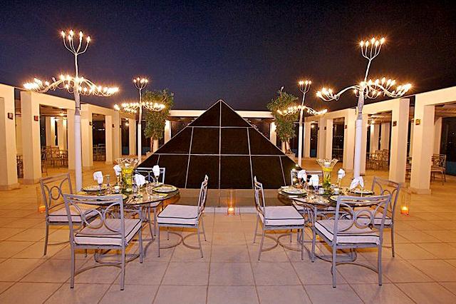 Отели для женщин: Luthan Hotel And Spa  - Саудовская Аравия