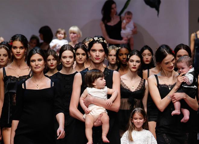 Бьюти-образ моделей с показа Dolce & Gabbana Осень 2015