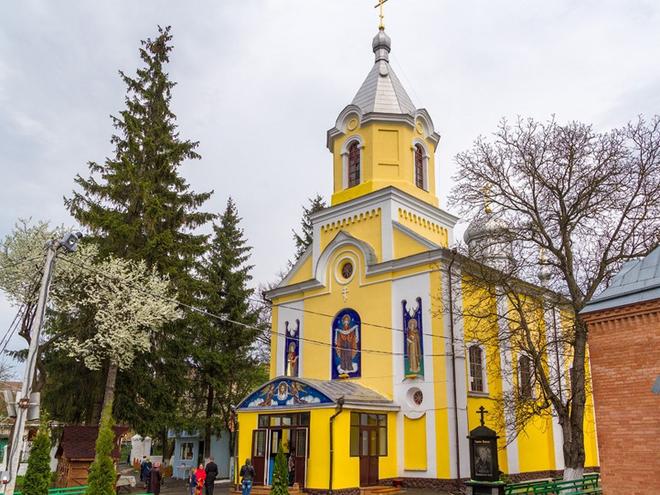 Куди поїхати на Великдень: Покровська церква (Луцьк)