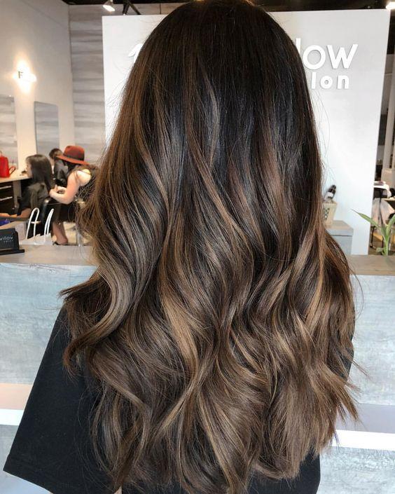 Модне фарбування волосся зима