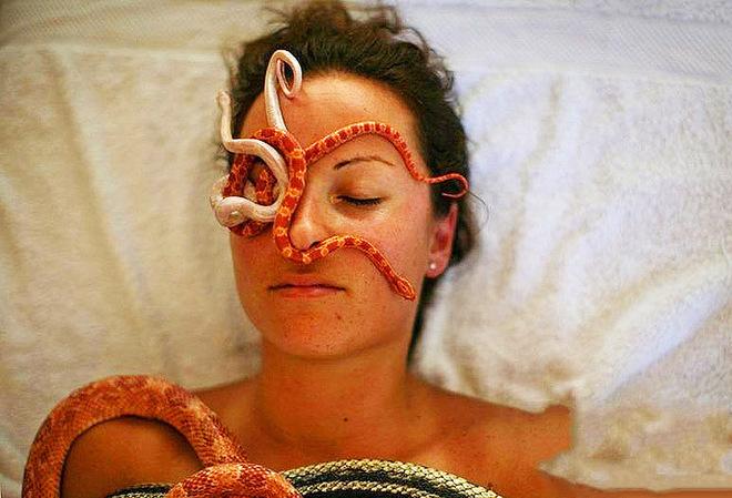 Змеиный массаж