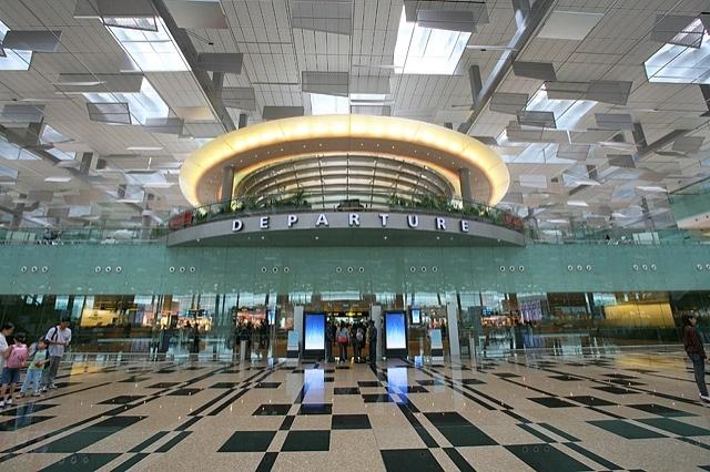 Самые лучшие аэропорты мира - Singapore Changi Airport