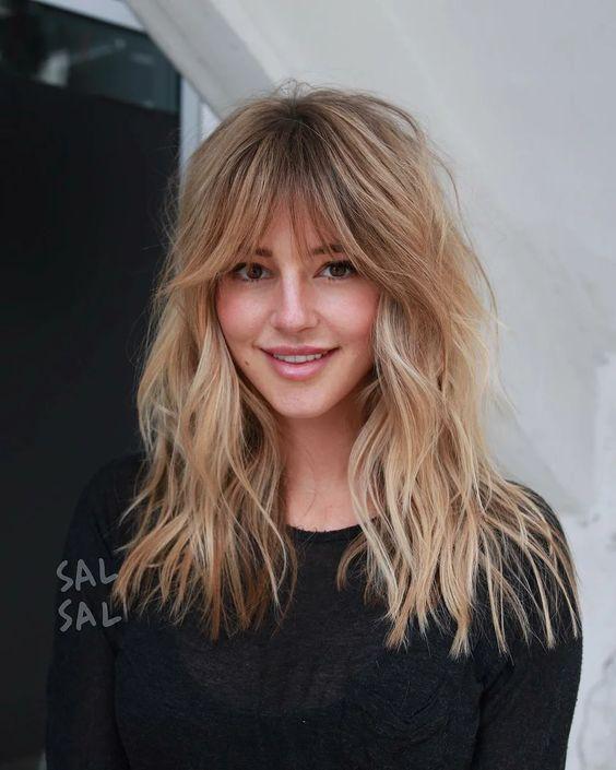 Модні стрижки для довгого волосся