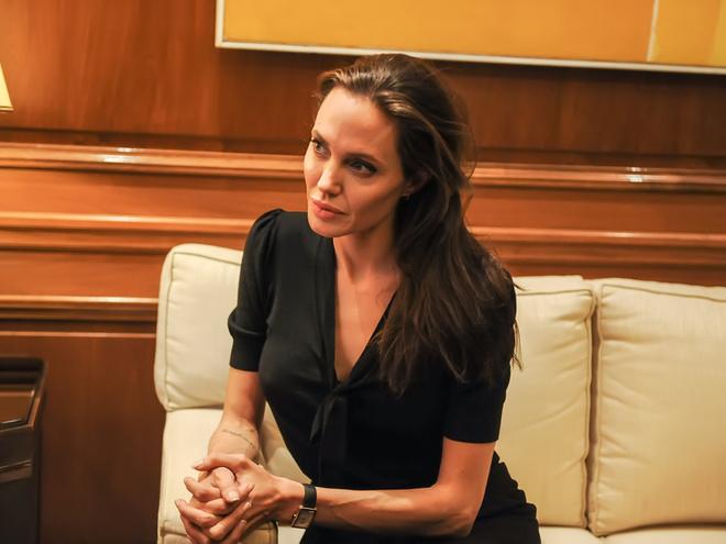 Анджеліна Джолі представила теми своїх лекцій