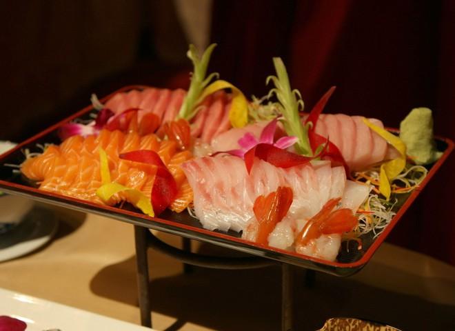 Японський суші-бар придбав на аукціоні тунця за $100 тис.