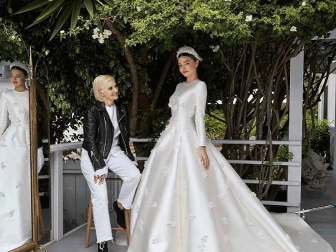 Міранда Керр весільну сукню