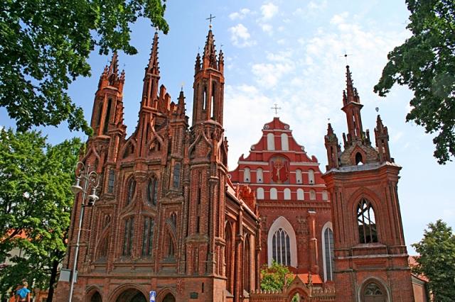 Цікаві місця Вільнюса: костел Святої Анни