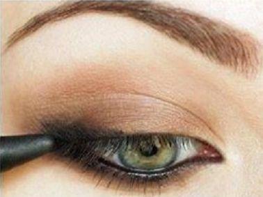 Як зробити макіяж Ірини Шейк