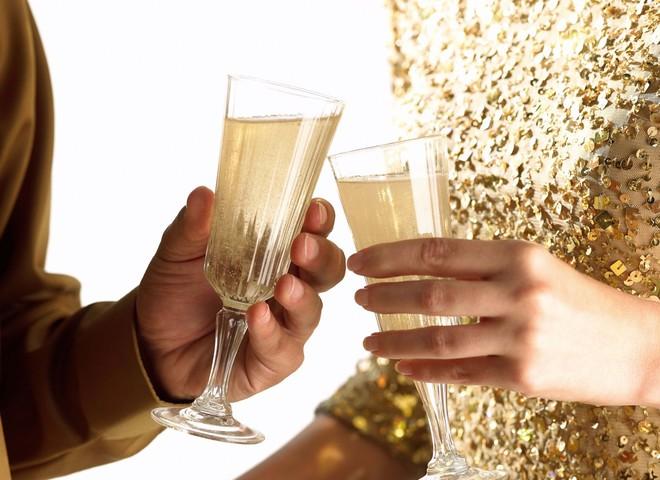 Секс? Только с шампанским!