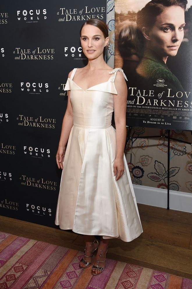 Lady in white: як Наталі Портман носить білий колір